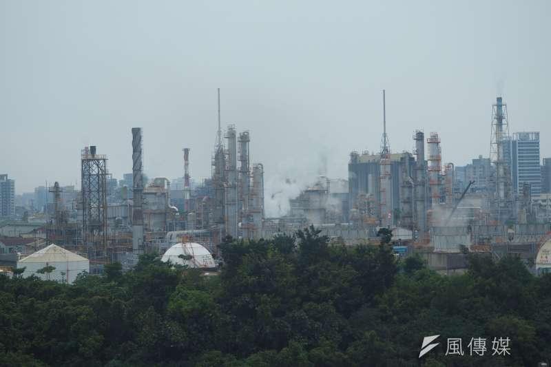 2020年氣候變遷績效指標(CCPI)共61國進行評比,台灣位列第59名,倒數第3。對此,國民黨12日批評,民進黨能源政策完全失敗。示意圖。(尹俞歡攝)
