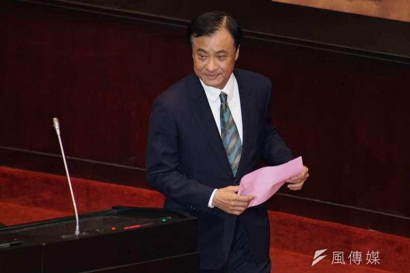 立法院長蘇嘉全本已表示將放棄不分區,但為了爭取國會多數,民進黨仍將決定將其列入安全名單。(盧逸峰攝)