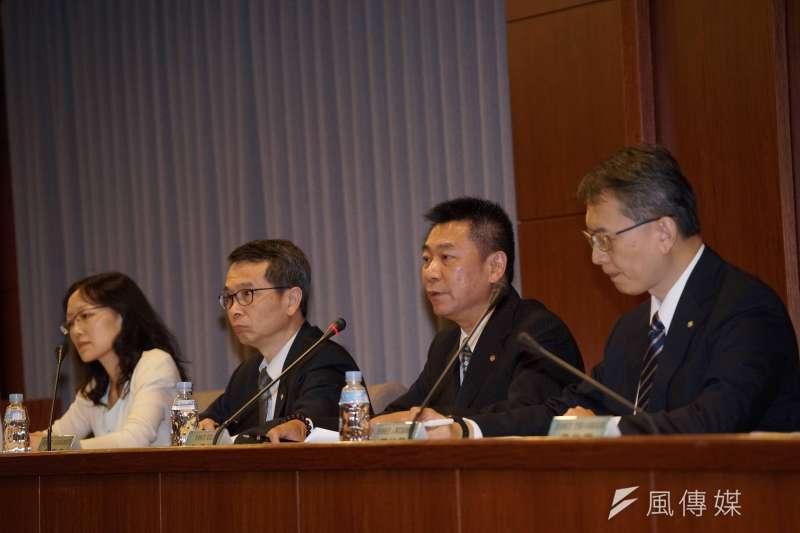 20190701-長榮航空針對629協商爭議說明,發言人陳耀銘(右二)主持(盧逸峰攝)