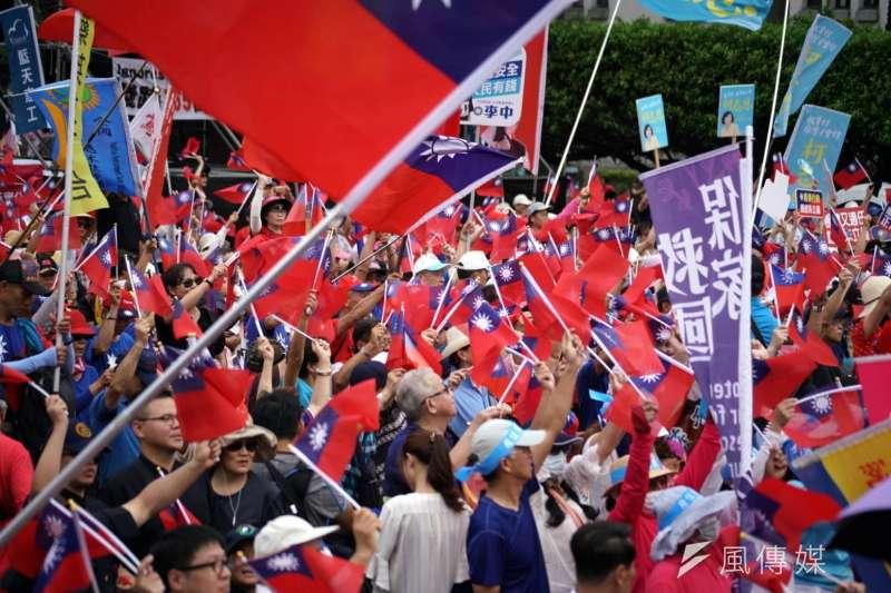 國民黨7日下午在凱道舉辦「反鐵籠公投,凱道大會師」活動。(盧逸峰攝)