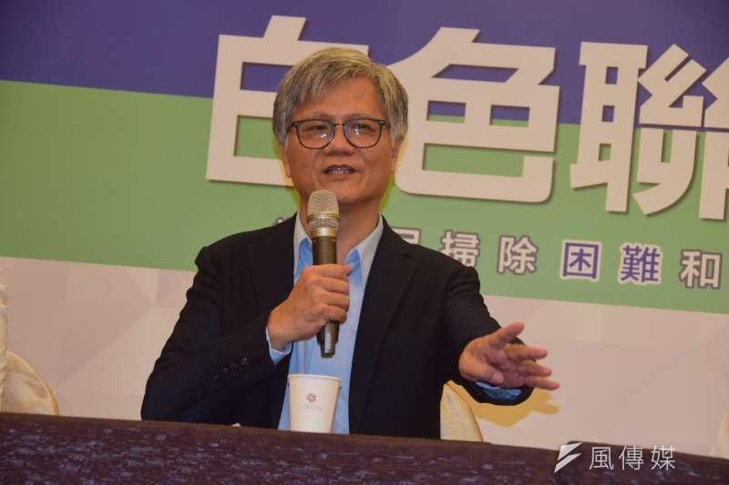 政黨「白色聯盟」10日舉行成立大會,吳蕚洋出任執行長一職。(吳俊廷攝)