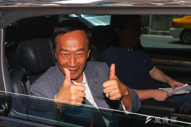 國民黨總統初選參選人郭台銘自爆,若自己未能替黨內出線與民進黨競爭大位,將會成立以經濟掛帥的第三勢力團體來監督政府。(顏麟宇攝)