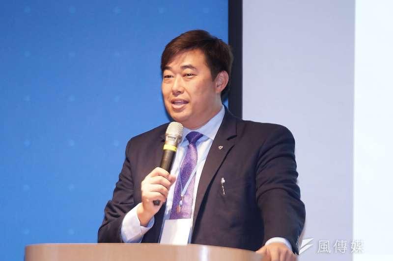 律師葉慶元(見圖)8日被紙風車劇團控告妨害名譽,但他強調自己說的都是事實,更稱紙風車公開提告只是更顯心虛。(資料照,盧逸峰攝)
