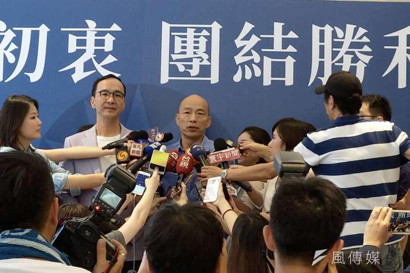 針對「韓朱配」傳聞,朱立倫辦公室表示,「韓朱配」不存在;圖為民黨總統初選勝出後,韓國瑜立即前往朱立倫辦公室拜訪。(潘維庭攝)