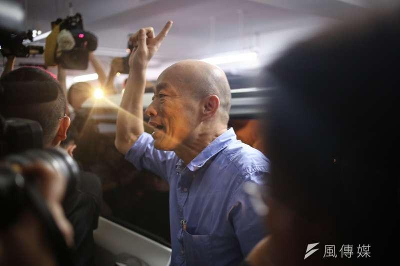 高雄市長韓國瑜通過國民黨總統提名初選後,拜訪競爭對手前新北長朱立倫尋求團結。(陳品佑攝)