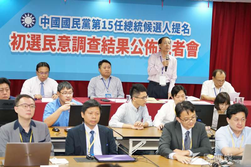 國民黨總統初選民調15日舉行資料拆封作業。(盧逸峰攝)
