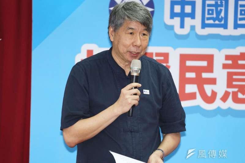 台大教授張亞中今(13)日宣布將爭取擔任國民黨主席。(資料照,盧逸峰攝)