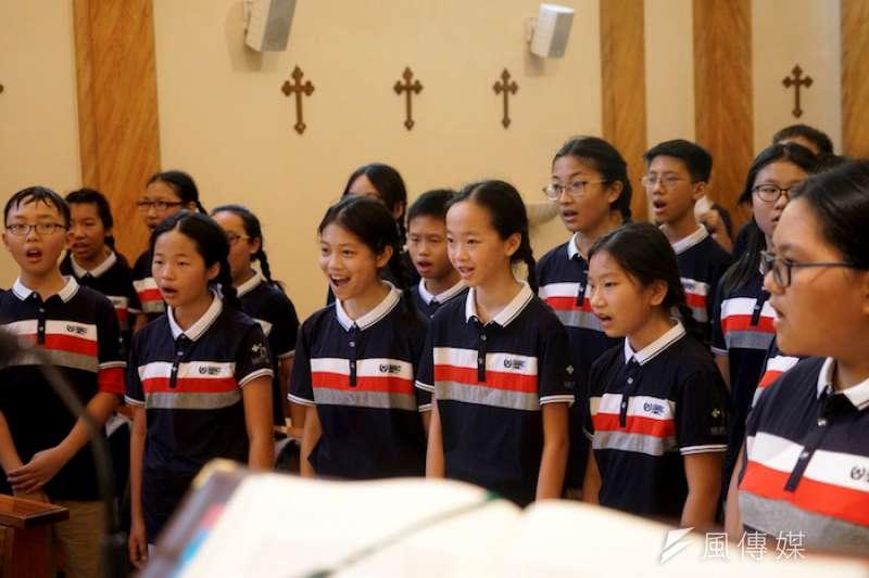 唱出友誼,唱出和平(曾廣儀攝)