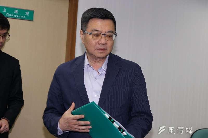 民進黨主席卓榮泰出席中常會。(盧逸峰攝)