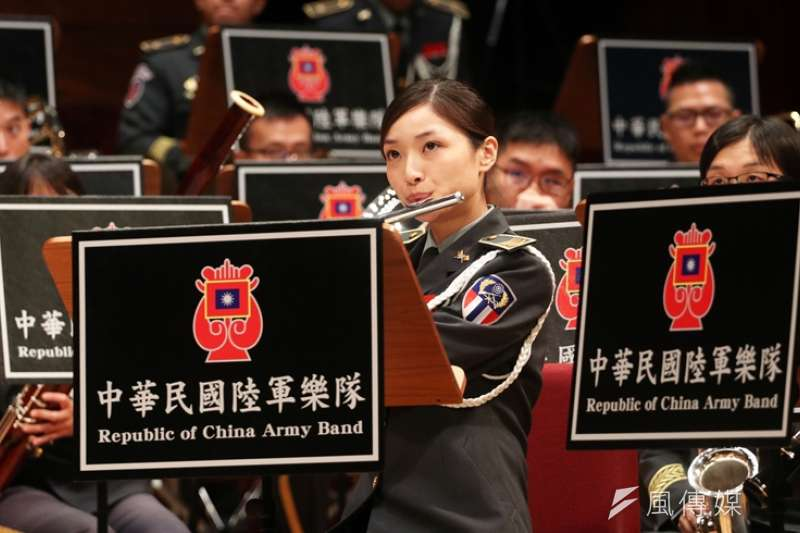 陸軍司令部軍樂隊17日晚間在國家音樂廳舉行「大漢天聲音樂會」。(蘇仲泓攝,下同)