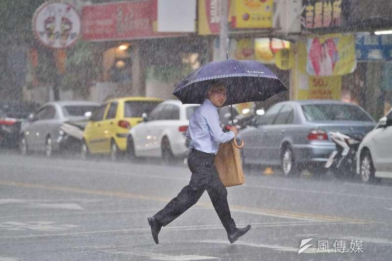 今年8月時南台灣曾下了整整15天的雨,2019年也是近年來南部平均日照量最少的一年。(盧逸峰攝)