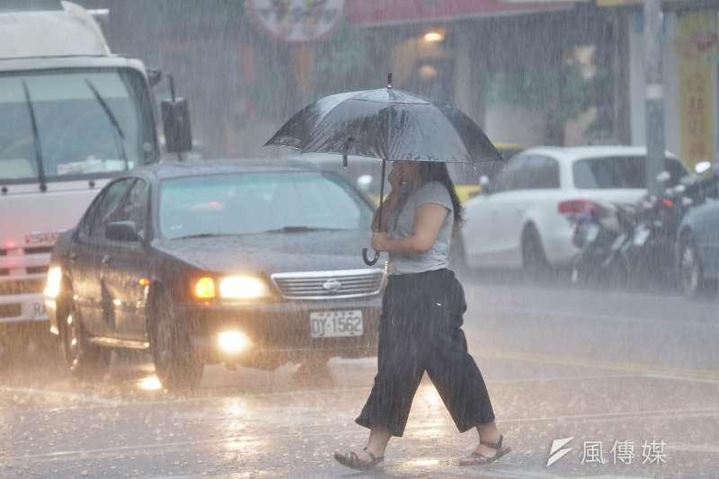 氣象專家吳德榮今(29)日表示,31日起西南季風持續,將有致災性豪雨。(圖/資料照)