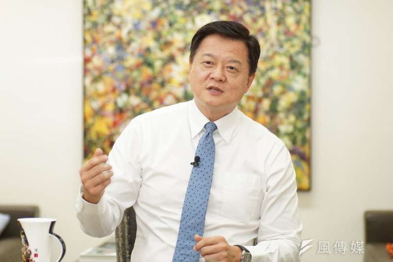 前台北縣長周錫瑋23日接受《風傳媒》專訪指出,他看到民進黨政府做太爛,再這樣下去台灣會垮掉;他也看不慣在野的國民黨不夠力,因此他決定要出來。(盧逸峰攝)