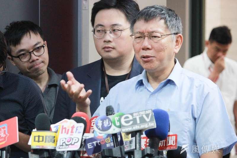 20190723-台北市長柯文哲23日上午在台北市政府接受訪問。(方炳超攝)