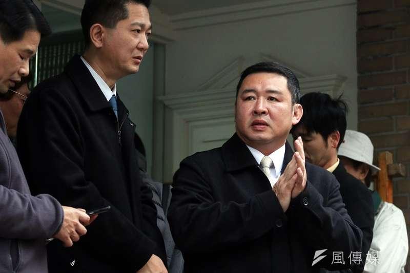 總統府侍衛室警衛主任陳逸夫少將(左)、永和警衛室主任林國欽少將(右)在這次國安私菸中都被查出買菸。(資料照片,蘇仲泓攝)