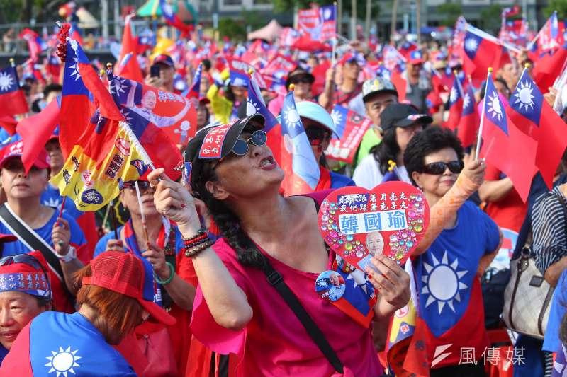 作者認為台灣選民已經被操弄多年,應該要自我覺醒,政治人物也要提出有建設性的具體政見。(資料照,顏麟宇攝)