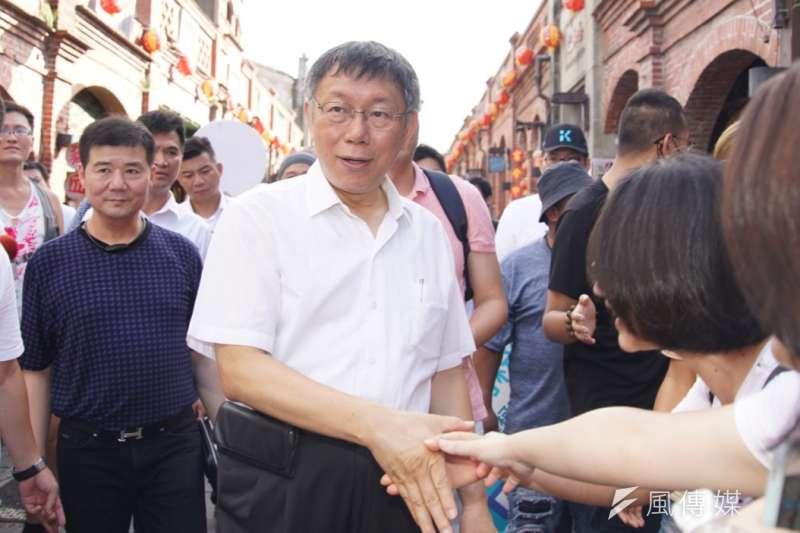 台北市長柯文哲(見圖)籌組的台灣民眾黨,應會投入2020北市立委選舉,這將使得北市成為一級戰區;圖為柯文哲4日參訪三峽老街。(盧逸峰攝)