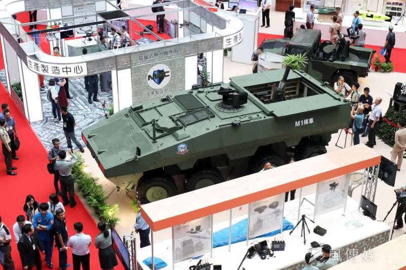 20190810-2017年台北國防航太工業展曾展出雲豹二代M1樣車迫砲車型(見圖),今年國防展則將進一步展出M2樣車。(蘇仲泓攝)