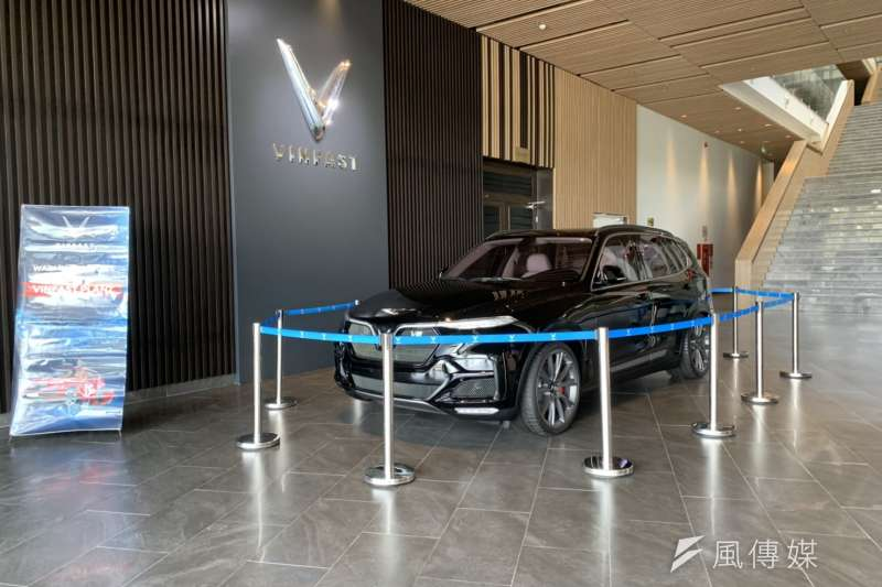 20190813-越南集團Vingroup在2017年時宣布將打造第一個越南自有汽車品牌Vinfast,實現越南的汽車自主大夢。圖為Vinfast展示大廳。(尹俞歡攝)