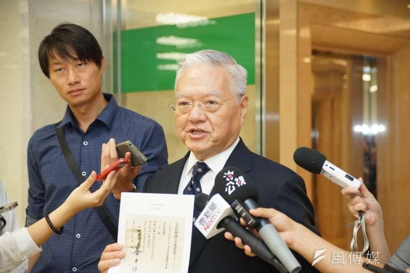 不當黨產處理委員會13日針對「中華救助總會」是否為國民黨附隨組織召開記者會,救總理事長張正中(見圖)出席。(盧逸峰攝)