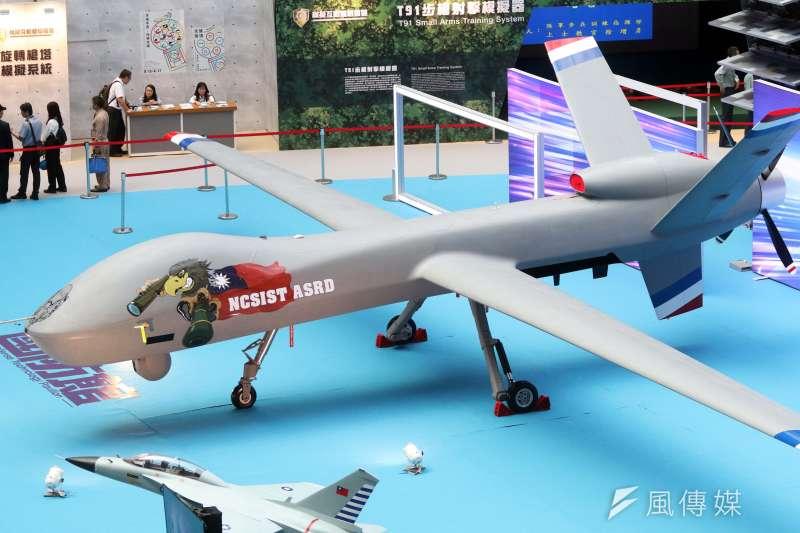 20190814-兩年一度的「台北國際航太暨國防工業展」將於明日正式登場,國防部14日下午舉行展前記者會。圖為騰雲無人機2.0版。(蘇仲泓攝)