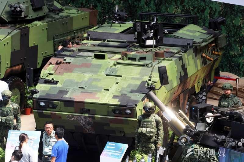20190814-兩年一度的「台北國際航太暨國防工業展」將於明日正式登場,國防部14日下午舉行展前記者會。圖為被認為是雲豹二代的「八輪甲車M2樣車」。(蘇仲泓攝)