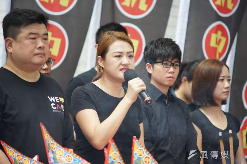 20190815-高雄市議員高閔琳(左二)出席「NCC普渡,普渡NCC」活動。(盧逸峰攝)