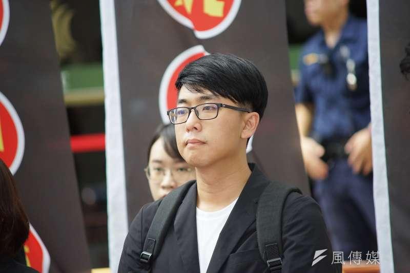 隨著大選時間接近,針對「綠社盟」的組成與否,綠黨新竹市議員劉崇顯29日表示,目前為止還沒有深談。(盧逸峰攝)