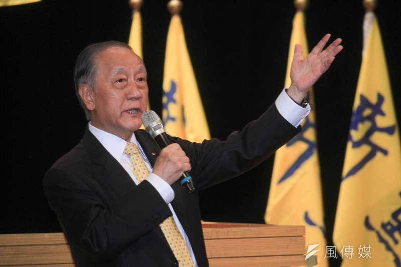 新黨主席郁慕明今天宣布新黨版「一國兩制台灣方案」,並表示,「一國」就是「中國」,中國不是中華民國也不是中華人民共和國,是兩岸共同的中國。(蔡親傑攝)