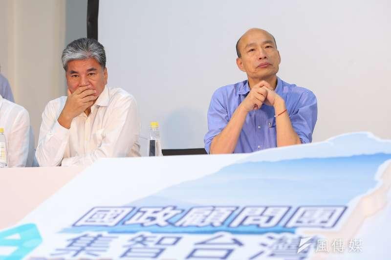 前內政部長李鴻源(左)針對被傳是韓國瑜副手一事17日直接否認,表示韓未曾與之接觸,李也說自己是「做事情的人」,不適合當副手。(資料照,顏麟宇攝)