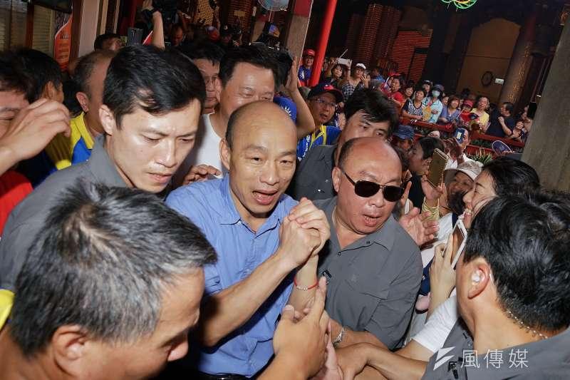 韓國瑜(中)競選團隊成型,努力不讓市政和競選互相干擾。(盧逸峰攝)