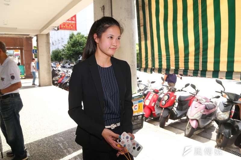 20190820-時代力量台北市議員林亮君20日於黨部樓下接受媒體聯訪。(顏麟宇攝)