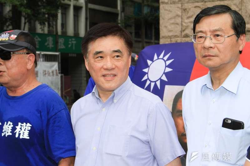 20190823-國民黨副主席郝龍斌(中)23日出席「八百壯士緬懷八二三砲戰」紀念活動。(蔡親傑攝)