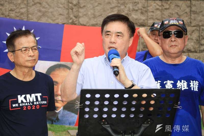 針對不分區名單引發爭議,國民黨副主席郝龍斌(見圖)表示,黨主席吳敦義應退出不分區,全心輔選,這才是解決現在問題的根本之道。(資料照,蔡親傑攝)