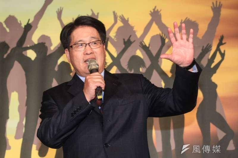 台灣民意基金會董事長游盈隆(見圖)2日指出,國、民兩黨完全執政的神話早已破滅。(資料照,蔡親傑攝)