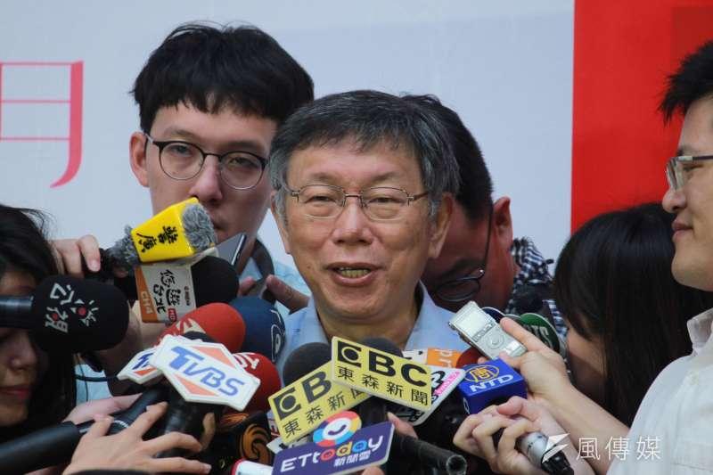 台北市長柯文哲28日接受媒體訪問。(方炳超攝)