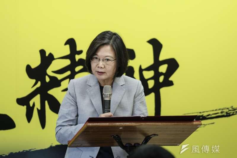 作者認為,民進黨推動的108課綱,似乎在呼應蔡英文總統2011年主張的「中華民國是流亡政府」,將台灣接受中華民國統治的依據模糊化。(資料照,陳品佑攝)