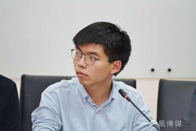 20190903-黃之鋒接受媒體聯訪。(盧逸峰攝)