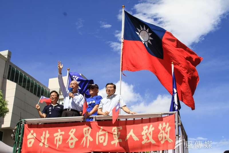20190903-國民黨3日舉辦「全國同步九三軍人節向軍人致敬」活動,主席吳敦義(左二)出席並發表談話。(蔡親傑攝)