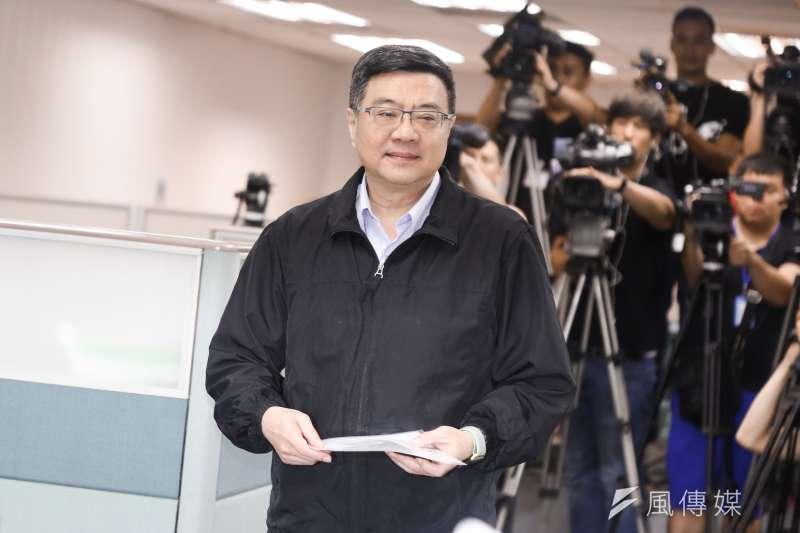 民進黨不分區立委提名正式啟動,黨主席卓榮泰(見圖)表示,會審定1份既有戰鬥力、代表性、符合政治生態、又有理想性的名單。(資料照,簡必丞攝)