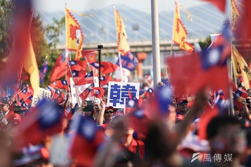 國民黨總統參選人、高雄市長韓國瑜8日在新北市舉行首場造勢活動,熱情民眾到場力挺,卻因為打斷前總統馬英九致詞,引發熱議。(資料照,簡必丞攝)