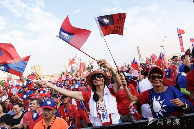 20190908-國民黨總統參選人、高雄市長韓國瑜在新北市舉行首場造勢活動,熱情民眾到場力挺。(簡必丞攝)