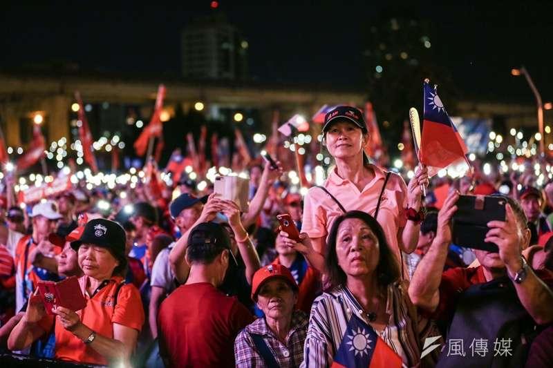20190908-國民黨總統參選人、高雄市長韓國瑜在新北市舉行首場造勢活動,支持者到場力挺。(簡必丞攝)