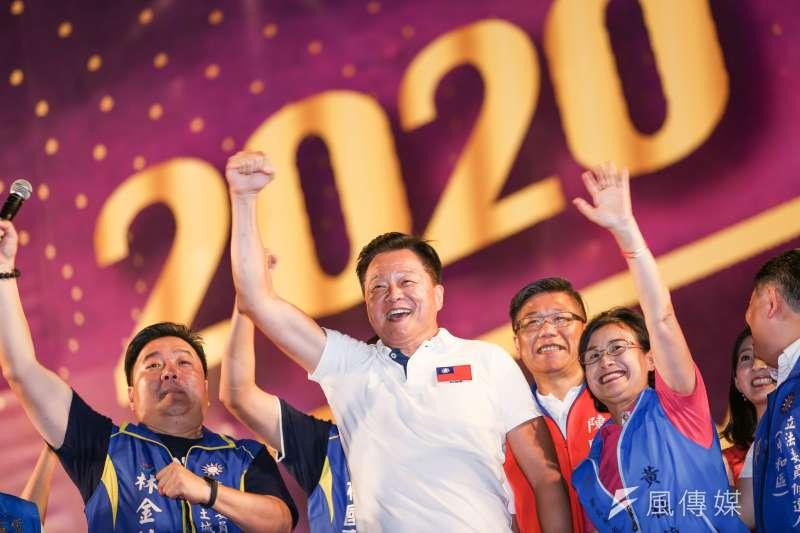 20190908-前縣長周錫瑋8日出席韓國瑜新北市造勢活動。(簡必丞攝)