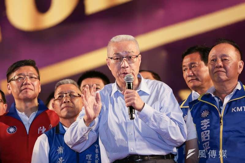 國民黨主席吳敦義表示,只要有適當時間,他很樂於跟已退黨的鴻海創辦人郭台銘見面,商討如何更堅定維護中華民國。(資料照,簡必丞攝)