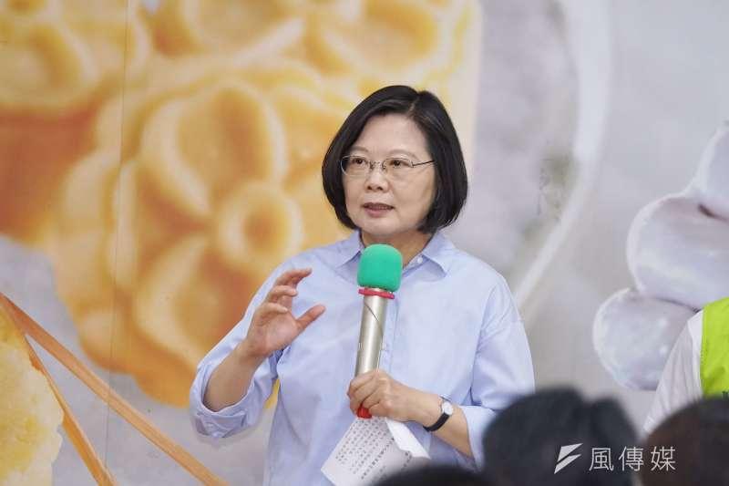 前鴻海董事長郭台銘宣布退黨,總統蔡英文(見圖)12日表示,民進黨在這個階段非常團結,也會一直保持下去。(盧逸峰攝)