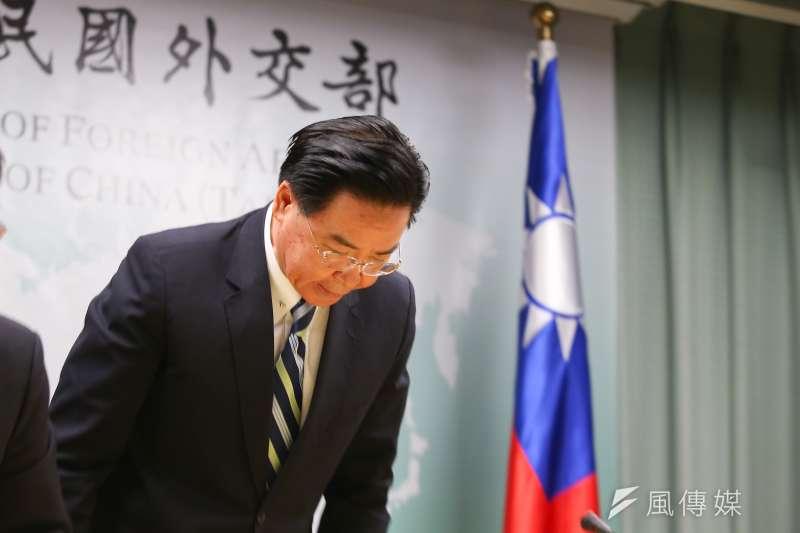 外交部長吳釗燮針對吉里巴斯與我國斷交向國人致歉。(顏麟宇攝)