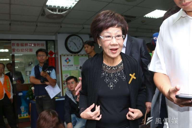 針對總統蔡英文的博士論文疑雲,前副總統呂秀蓮強調,不相信她會造假。(顏麟宇攝)