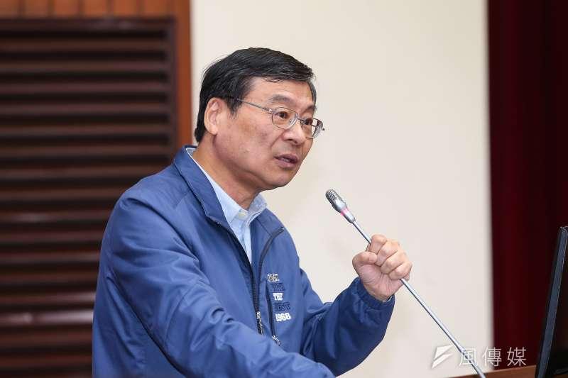 20190923-國民黨總召曾銘宗23日於立院財政委員會針對私菸案質詢。(顏麟宇攝)