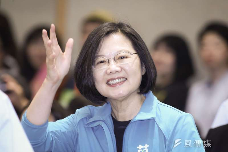 總統蔡英文(見圖)執政3年爭議不少,對此作者直言,台灣像是得了血癌。(資料照,陳品佑攝)